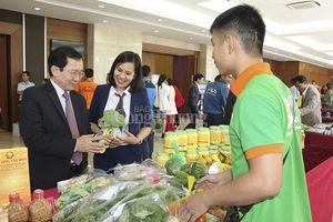 Kết nối cung cầu hàng hóa: Hướng tiêu thụ nông sản Việt