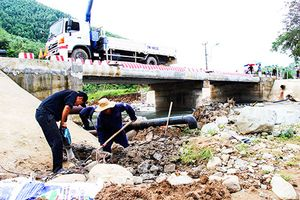 Khánh Sơn: Nỗ lực khôi phục hệ thống cấp nước sinh hoạt