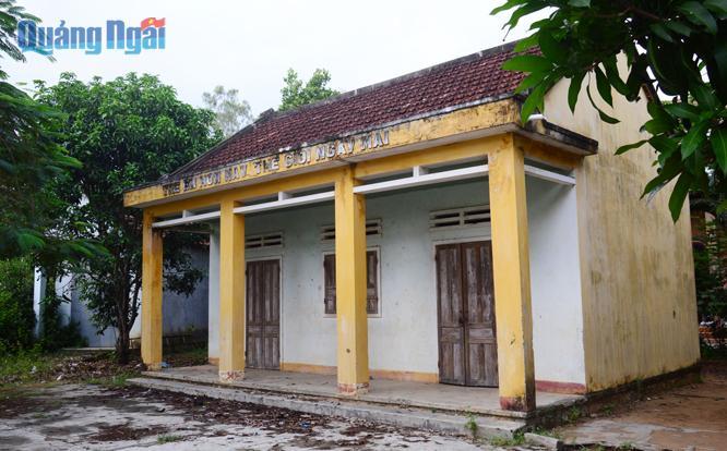 Một thôn có ba công trình bỏ không