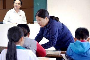 Vụ học sinh bị tát 231 cái: Bộ trưởng Phùng Xuân Nhạ lên tiếng