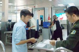 Thêm một trường hợp bị cấm bay vì dùng giấy tờ giả
