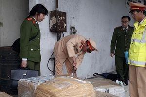 Xe khách Đà Nẵng - Lào chở 2,5 tấn nội tạng không nguồn gốc