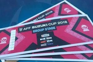 Vé bán kết AFF Cup chợ đen online được hét 5 triệu/cặp