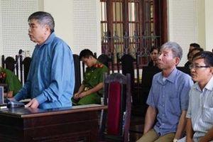Nghệ An: 3 'quan xã' lãnh án vì bán đất trái thẩm quyền