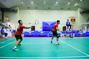 Đoàn Hà Nội giành Huy chương vàng đôi nam cầu lông