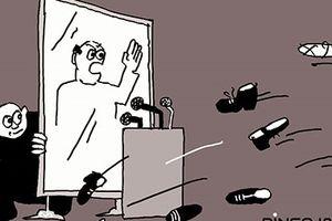 Một tấm gương sống & một trăm bài diễn văn