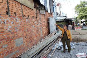 Dân tố Chủ tịch xã thuê người tháo dỡ nhà mình?