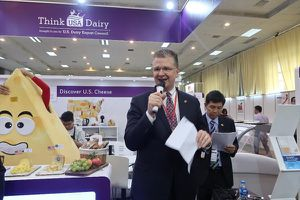 Đại sứ Mỹ nói về 'cuộc hôn nhân hoàn hảo' giữa sản phẩm Mỹ và người tiêu dùng Việt