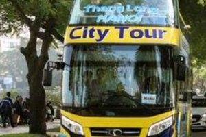 Hà Nội có thêm ba xe buýt 2 tầng mui trần màu sắc 'cực lạ'