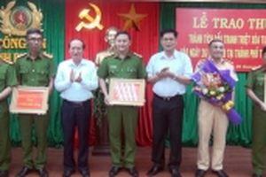 Phú Yên khen thưởng lực lượng triệt phá tụ điểm đánh bạc có quy mô lớn