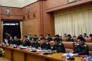 Xây dựng nền quốc phòng toàn dân gắn với thế trận an ninh nhân dân ngày càng vững mạnh