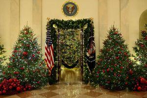 Nhà Trắng trang hoàng lộng lẫy đón Giáng sinh 2018