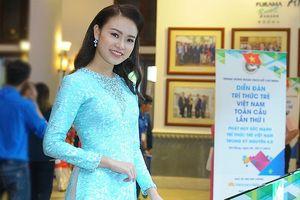 Đại biểu Diễn đàn là Người đẹp Việt Nam