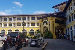 Tuyển Việt Nam thả lỏng tại khách sạn hạng sang ở Bacolod