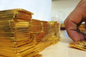 Giá vàng bật tăng nhẹ sau loạt phiên lao dốc