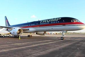 Một chiếc máy bay trên phi trường New York va chạm với máy bay của ông Trump
