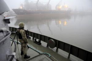 Bộ trưởng Ukraine cáo buộc Nga phong tỏa hai cảng trên biển Azov