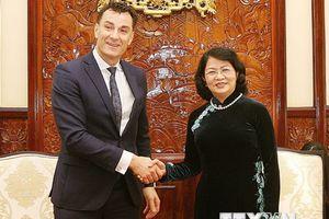 Phó Chủ tịch nước tiếp Tổng Giám đốc Toàn cầu Tập đoàn Manulife