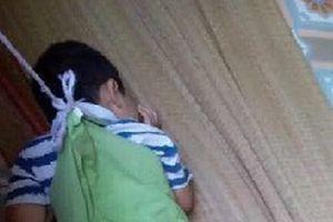 Bé 4 tuổi ở Nam Định nghi bị buộc dây vào cổ: Đã từng bị sưng cổ, chảy máu đầu?