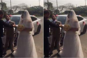 Xúc động đám cưới của chú rể khuyết tật 47 tuổi với cô dâu xinh đẹp kém 20 tuổi