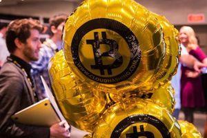Giá Bitcoin 'hồi' mạnh, tái lập mốc 4.000 USD