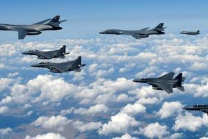 Tướng Mỹ: Dừng máy bay ném bom bay qua lãnh thổ Hàn Quốc