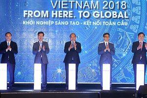 Thủ tướng Nguyễn Xuân Phúc dự Techfest 2018