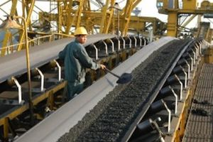 Mới có 9 nhà máy điện ký hợp đồng mua than dài hạn với Vinacomin