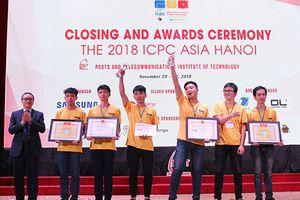 Sinh viên ĐH Bách khoa Hà Nội đoạt Huy chương Bạc thi lập trình ICPC Asia Hanoi 2018