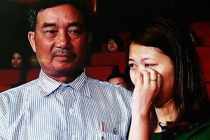 'Cha của con đã chết nhưng trái tim vẫn còn đang đập'