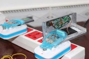Nhóm người nước ngoài làm thẻ ATM giả để rút trộm 1,7 tỷ đồng