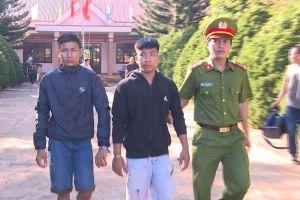 Tan cuộc nhậu, 4 thiếu niên rủ nhau ra đường đánh chết người