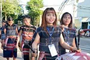 Hơn 1.000 nghệ nhân cồng chiêng tham gia Lễ hội đường phố tại Pleiku