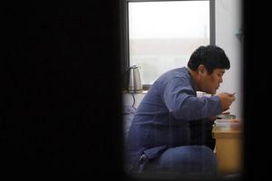 Vì sao nhiều người Hàn Quốc muốn trải nghiệm cảm giác 'ở tù'?