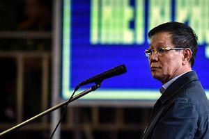 Ông Phan Văn Vĩnh bất ngờ nhập viện trước giờ tuyên án