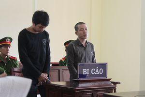 2 người đàn ông cùng nhau vào tù vì xâm hại bé gái 12 tuổi đến sinh con