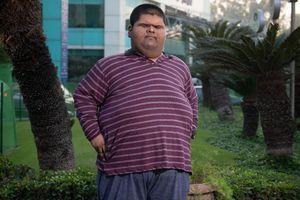 Cậu bé nặng nhất thế giới giảm hơn 100 kg