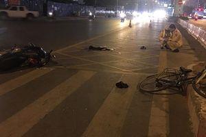 Va chạm với xe máy, một phụ nữ bị thương nặng