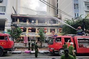 Cháy lớn ở một nhà hàng chuyên phục vụ khách Trung Quốc