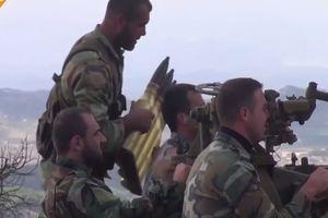 Syria dội 'mưa' tên lửa vào hang ổ khủng bố ở Idlib