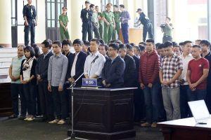 Vụ đánh bạc: Ông Phan Văn Vĩnh lĩnh án 9 năm tù, bị phạt 100 triệu đồng