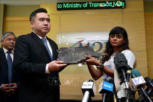 Những mảnh vỡ mới tìm thấy được cho là từ máy bay MH370