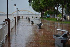 Hà Nội sáng sớm có sương mù, Huế và Đà Nẵng có mưa dông cục bộ