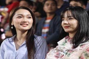 Ngả nghiêng trước nhan sắc 'bạn gái tin đồn' của tuyển thủ Việt Nam