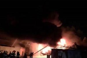Cháy kho sơn trong KCN ở Đà Nẵng: Không có thiệt hại về người