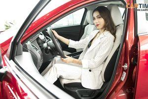 Ngắm nội thất màu 'lạ' trên xe Mazda bản mới tại Việt Nam