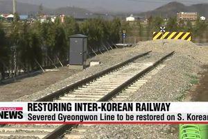 Tàu khảo sát đường sắt chung liên Triều khởi hành từ Hàn Quốc