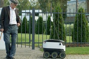 Robot – Bưu tá