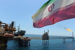 Iran mòn mỏi chờ giúp, EU ngại đối đầu với Mỹ