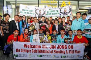 Jin Jong Oh hy vọng bắn súng Việt Nam có thêm nhiều Hoàng Xuân Vinh